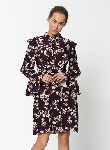 Çiçek Desenli Volanlı Kısa Elbise-Setre
